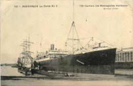 """DUNKERQUE - LA DARSE N° 3 - PAQUEBOT """" L'EL CANTARA """" - MESSAGERIES MARITIMES - BATEAU - BEAU PLAN - Dunkerque"""