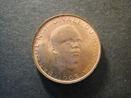 Rwanda 5 Fr 1965  Rare  AU - Rwanda