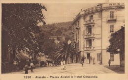 10269-ALASSIO(SAVONA)-PIAZZA AIRALDI E HOTEL CONCORDIA-ANIMATA-1930-FP - Savona