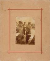Photo Sur Carton Officier Militaire Manoeuvre - Guerre, Militaire