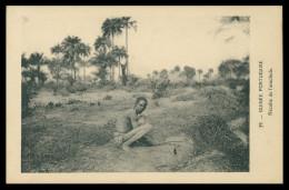 GUINE-BISSAU  - COSTUMES -Jeunes Mandingues ( Ed. D. A. Longuet Nº 39) Carte Postal - Guinea-Bissau