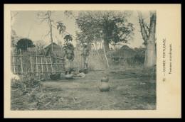 GUINE-BISSAU  - COSTUMES - Femmes Mandingues  ( Ed. D. A. Longuet Nº 55) Carte Postal - Guinea-Bissau
