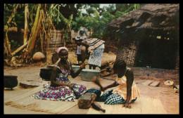 GUINÉ-BISSAU - COSTUMES - Fulas Batendo Pano (Ed. Foto Serra Nº 114) Carte Postal - Guinea-Bissau