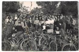 Carte Photo Groupe De Cyclistes, Vélos ( CPH ) - Cyclisme