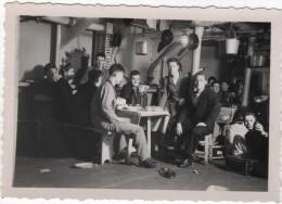 Photo originale Marine BREST  le Croiseur TOURVILLE tranche babord tous les marins nomm�s DCA Trans