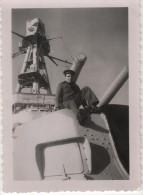 Photo originale Marine BREST  le Croiseur TOURVILLE canon