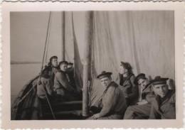Photo originale Marine BREST  le Croiseur TOURVILLE exercice d�embarcation