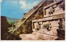 MEXICO - Templo de Quetzalcoatl