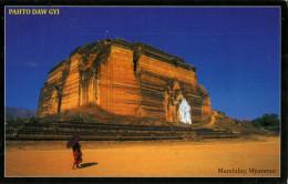 MANDALAY : Pahto Daw Gyi - Myanmar (Burma)