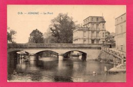 17 CHARENTE-MARITIME JONZAC, Le Pont, Animée, (Dando Berry) - Jonzac