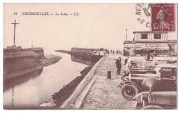 Calvados 14 - COURSEULLES Sur Mer Belle Vue Animée Sur La Jetée En Bord De Plage Canal Devanture Commerce Automobile - Courseulles-sur-Mer