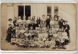 LE HAVRE - ECOLE DE FILLES ET GARCONS - PAR MIGNON ROUTE DE BLEVILLE A SANVIC - CARTE PHOTO DE CLASSE - Schools