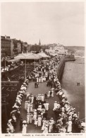 Postcard - Bridlington Parade & Pavilion, Yorkshire. 10031-17 - England