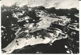 Carte  1963  sign�e Paul emile Victor postee en Terre Adelie Antarctique