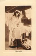 Themes Div -ref L885-carte Fantaisie -photo Reutlinger -cendrillon -blanchisseuse -fer A Repasser -repassage  - - Non Classés