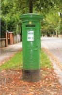 Postcard - Irish Green Pillar/Post Box. M&AS2/1-12.13 - Postal Services