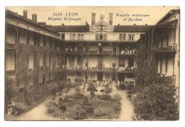 Cp, 69, Lyon, Hôpital St-Joseph, Façade Et Jardins, écrite 1923 - Lyon
