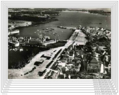 CPSM  CONCARNEAU - Les Quais Et L´entrée Du Port - Concarneau