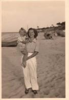 Photo Originale Famille - M�re et Fille � la plage -