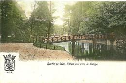 Han Sur Lesse. Grotte De Han, La Passerelle De Sortie Vue Vers Le Village. - Belgique