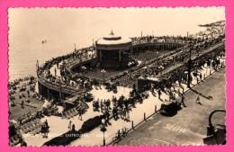 Central Bandstand - Eastbourne - Animée - Vieille Voiture - REAL PHOTO - NORMAN - Eastbourne