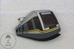 Enamel Yellow And Grey Electric Train, Railway, Tram, Metro  Pin Badge - Transportes
