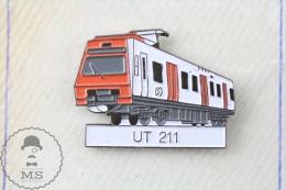 Spain RENFE Electric Train UT 211 - Pin Badge - Transportes