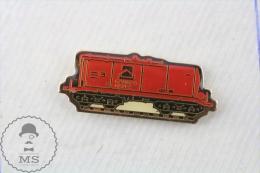 Spain RENFE Train Boxcar Wagon - Pin Badge - Transportes