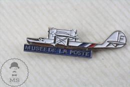 Musee De La Poste - France Poste Airplane Pin Badge - Transportes