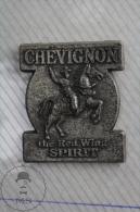 Chevignon The Red Wing Spirit Advertising Pin Badge - Marcas Registradas
