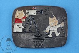 Barcelona 1992 Olympic Games Cobi Mascot TV Reporter And Cameraman  - Pin Badge - Juegos Olímpicos