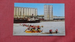 America > & Levis  Ice Canoe Race======   ==== 82 - Quebec