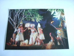 DANSE FOLKLORIQUE TAHITIENNE DE NUIT PHOTO Adolphe SYLVAIN - Tahiti