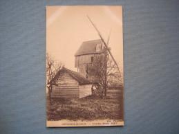 CREVECOEUR LE GRAND - L'ANCIEN MOULIN ALIDOR - Crevecoeur Le Grand