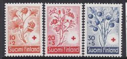 FLORES - FINLANDIA 1958 - Yvert #477/79 - MNH ** - Vegetales