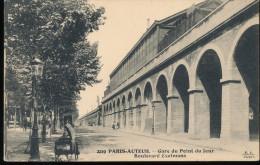 75 -- Paris - Auteuil -- Gare Du Point Du Jour -- Boulevard Exelmans - Métro Parisien, Gares