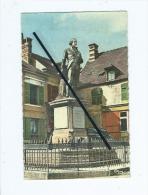 CPSM - Liancourt  - Statue Du Duc De La Rochefoucauld - Liancourt