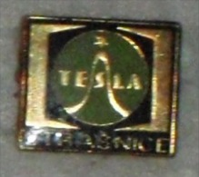 Nikola TESLA Company Czechoslovakia Electronic Industry Strasnice Pins Badges - Marche