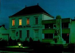 85-BEAUVOIR SUR MER..L'HOTEL DE VILLE,VU DE NUIT....CPM - Beauvoir Sur Mer