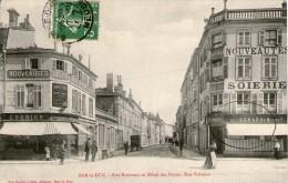 (1020) CPA  Bar Le Duc  Rue Rousseau Hotel Des Postes Rue Voltaire    (bon Etat) - Bar Le Duc