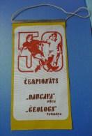 Soviet USSR FOOTBALL 50th Championship Flag PENNANT Game DAUGAVA Riga - GEOLOG Tyumen - Sports