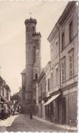CPSM - L´ISLE JOURDAIN (32) - Rue De La République Et L´église - 1949 - Otros Municipios