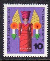 WEST BERLIN - 1971 HUMANITARIAN RELIEF 10pf CHRISTMAS FINE MNH ** SG B411 - [5] Berlin