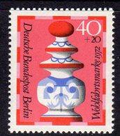WEST BERLIN - 1972 HUMANITARIAN RELIEF 40pf FINE MNH ** SG B426 - Chess