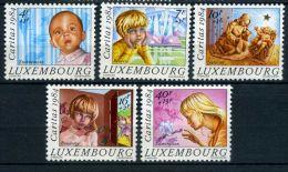 LUXEMBOURG ( POSTE ) : Y&T N°  1062/1066  TIMBRES  NEUFS  SANS  TRACE  DE  CHARNIERE , A  VOIR .