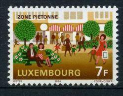 LUXEMBOURG ( POSTE ) : Y&T N°  1045  TIMBRE  NEUF  SANS  TRACE  DE  CHARNIERE , A  VOIR .