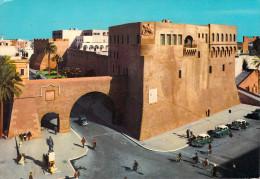 Afrique- Lybia LIBYE LIBIA - TRIPOLI The Castle (Le Château Auto Voiture Taxi )(Mektaba El Medina TRIPOLI 21)*PRIX FIXE - Libia