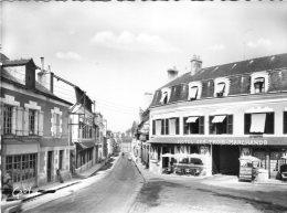 V503 Cpsm 41 Cour Cheverny - Place De L'Eglise Et Rue Nationale - Cheverny