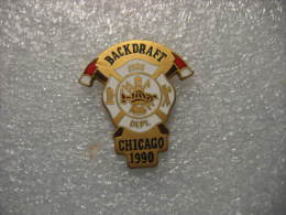 Pin´s Sapeurs Pompiers *** BACKDRAFT CHICAGO 1990 - Bomberos