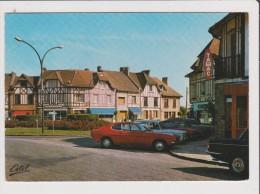 CPM - LE MESNIL ST SAINT DENIS HENRIVILLE - La Porte Henri IV - Vieille Voiture Ancienne Renault R 8 Tabac Coiffeur - Le Mesnil Saint Denis